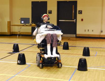dil kontrollü tekerlekli sandalye felç