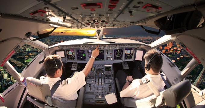 istanbul-a-ucan-pilotlar-hayatlarinin-sokunu_x_8456400_82.jpg