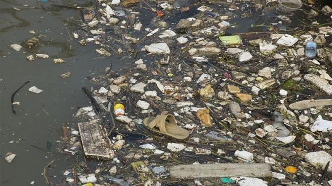 plastik çöplüğü.jpg