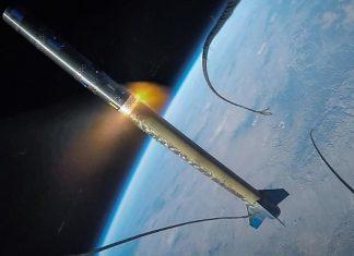 Uzaya fırlatılan roketten nefes kesen GoPro kaydı