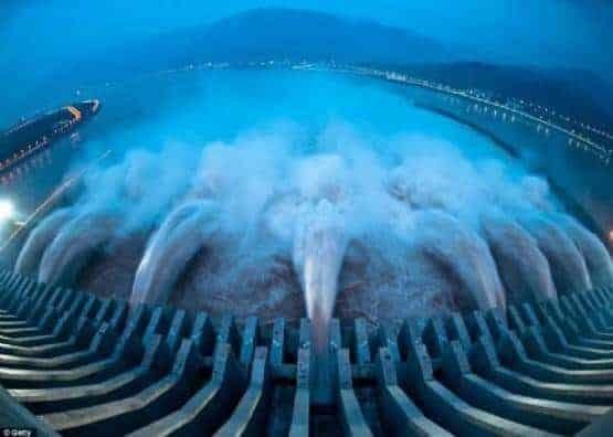 Dünyanın En Büyük Barajı
