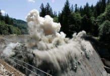 baraj nasıl yıkılır