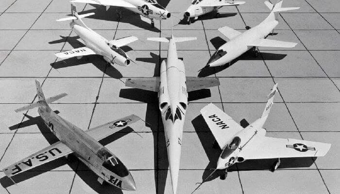 uçakların tarihsel gelişimi ve ufolaruçakların tarihsel gelişimi ve ufolar