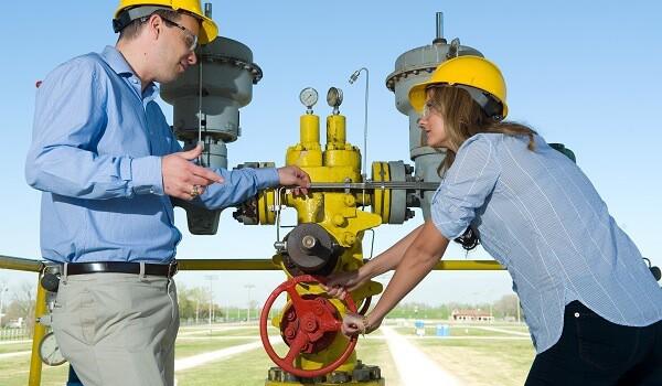 petrol ve doğalgaz mühendisliği maaşları 2015