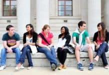 Dışardan Üniversite Nasıl Okunur