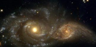 galaksilerin-carpismasi