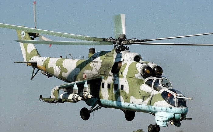 mi 24 hind helicopter gunship with Dunyanin En Iyi 10 Saldiri Helikopteri on Mil mi 24 together with Indian Air Forces Mil Mi 35 Hind E in addition  additionally South Africas Ate Super Hind Mi 35 additionally .