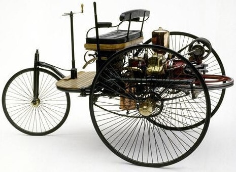 ilk Motorlu Otomobil