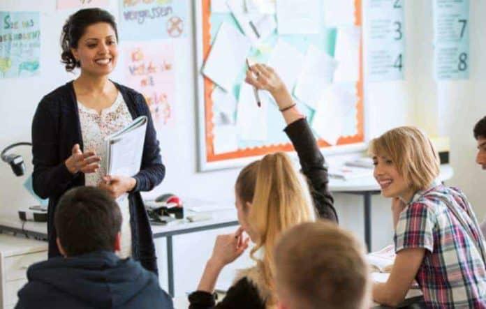 Sınıf Öğretmenliği Maaşları
