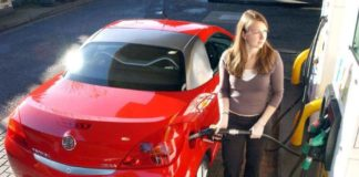 Az Benzin Yakan Arabalar