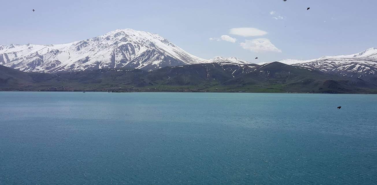 Dünyanın En Büyük Gölü Hangisidir