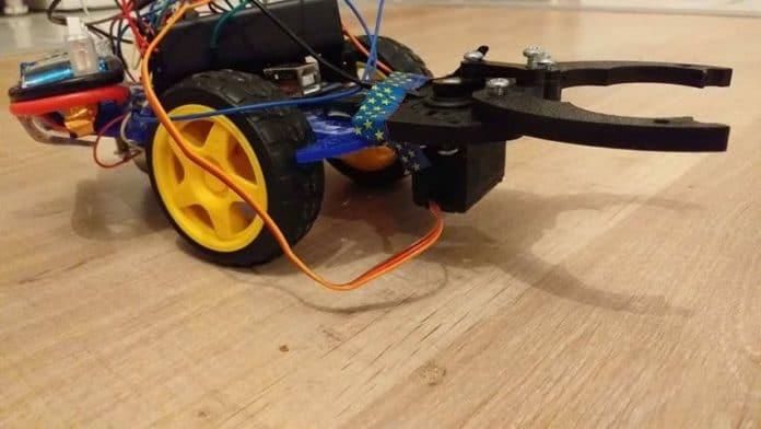 Arduino ile Küçük Eşya Toplama Robotu