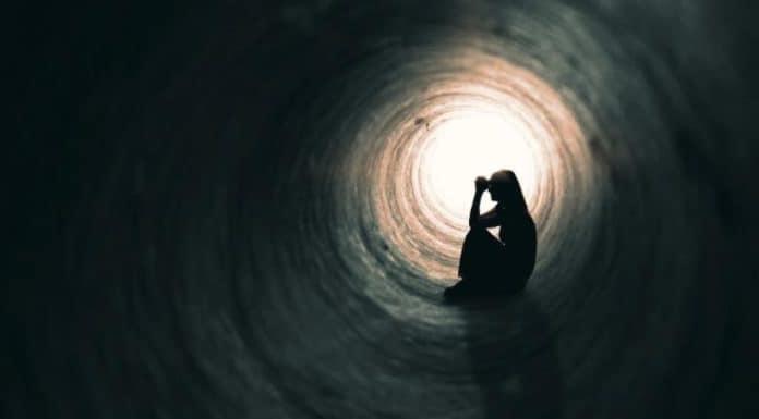Neden İntihar Düşünülür