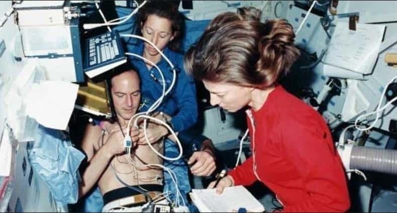 Uzayda ameliyat