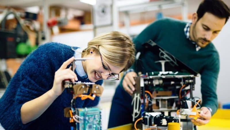 elektronik mühendisi